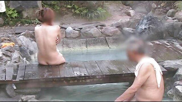 Rubia babe jugando su COÑO porno tube gratis en cam