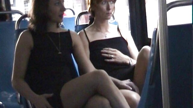 Padrastro se folla a la hijastra para videos de sexo babosas tener sexo mientras mamá no está