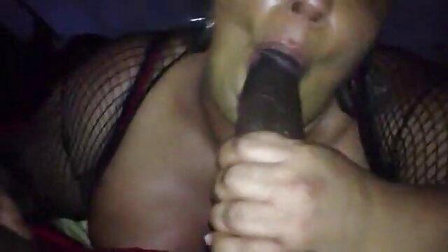 LES ENORMES SEINS DE TYFFANIE eroticas xxx