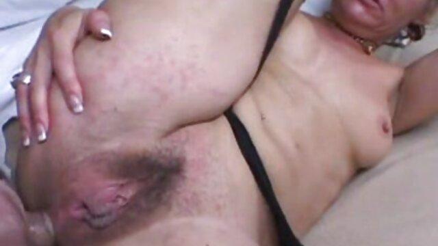 She's A Freak videos xxx cerdas - Crazy Bubble Butt protagonizada por Mia Malkova