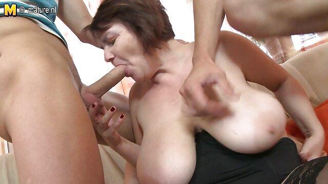 Fisting xxxputasxxx su esposa mientras ella ejercita sus abdominales