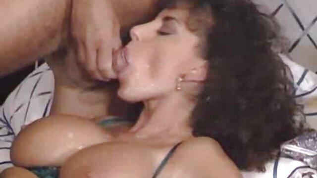 Caliente milf seducir joven descargar videos de porno gratis electricistamp4